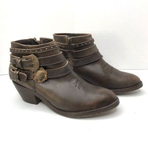 Circle G distressed Double Ankle Strap Boot